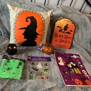 Halloween Throw pillow & Decor